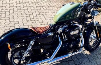 Harley Davidson Sportster Sitz