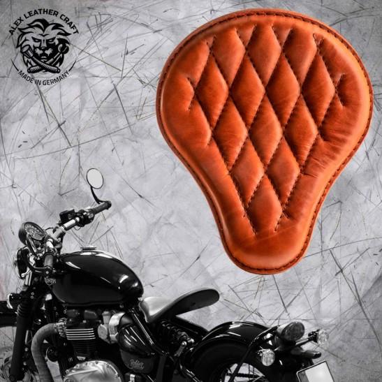 """Triumph Bonneville Bobber Seat since 2016 """"Standard"""" Cognac Diamond"""