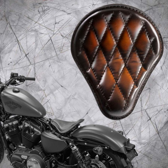 Seat + Montage Kit Harley Davidson Sportster 04-20 Saddle Tan Diamond