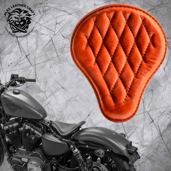 Solo Seat + Montage Kit Harley Davidson Sportster 04-20 Cognac Diamond
