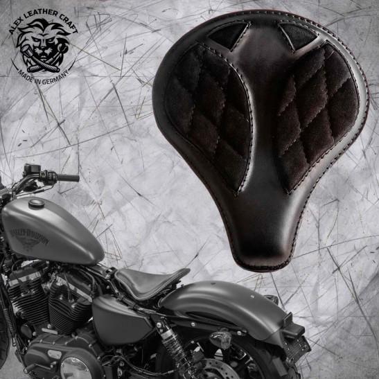 "Solo Sitz + Montage Kit Harley Davidson Sportster 04-20 ""Lang"" Glanz und Samt Schwarz V3"