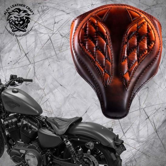 """Solo Seat + Montage Kit Harley Davidson Sportster 04-20 """"Spider"""" Vintage Saddle Tan V3"""