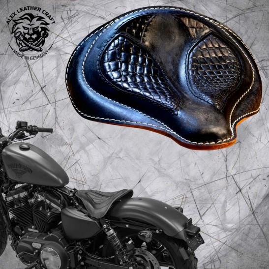 "Solo Sitz + Montage Kit Harley Davidson Sportster 04-20 ""Spider"" Kroko Vintage Schwarz"