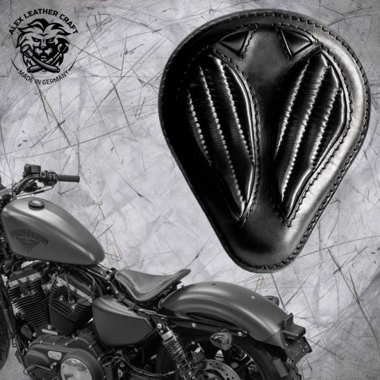 """Solo Selle + Montage Kit Harley Davidson Sportster 04-20 """"Drop"""" Short Noir V2"""