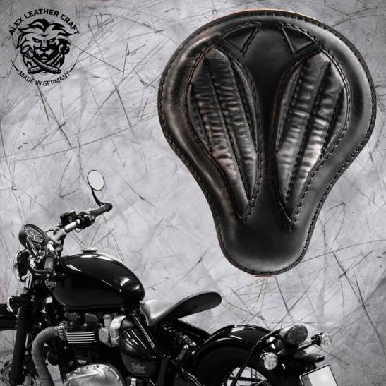 """Triumph Bonneville Bobber Seat since 2016 """"Standard'' Short Vintage Black V2"""